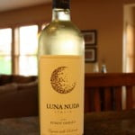 Luna Nuda Pinot Grigio 2010 – A Nice Drink, Naked or Not