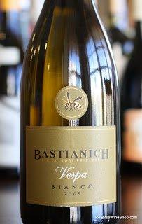 2009-Bastianich-Vespa-Bianco