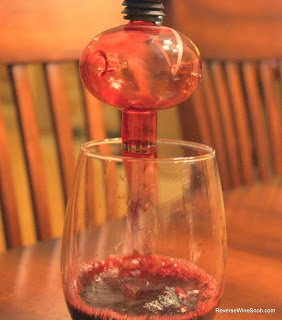 Wine-Soiree-Aerator-In-Use