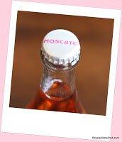 innocent-bystander-pink-moscato-cap
