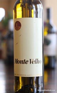 2011-Monte-Velho-White