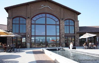 Monte-De-Oro-Building