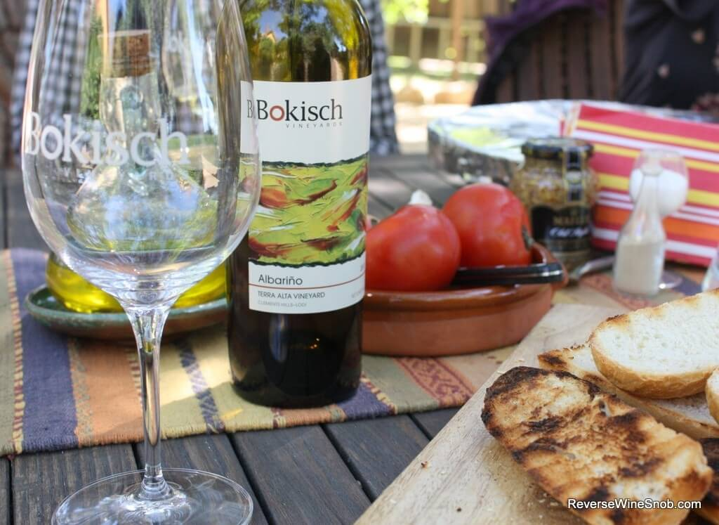 Pairing the Bokisch Terra Alta Vineyard Albarino with Catalan tomato bread.