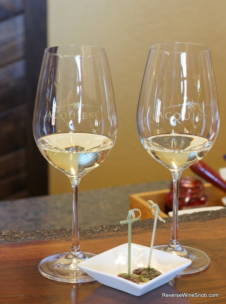 Acquiesce Vineyards wine and food pairing