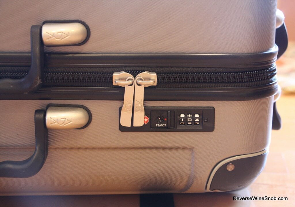 VinGardeValise - Travel In Style and Safety